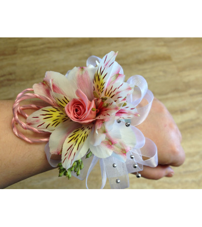 pink and white corsage