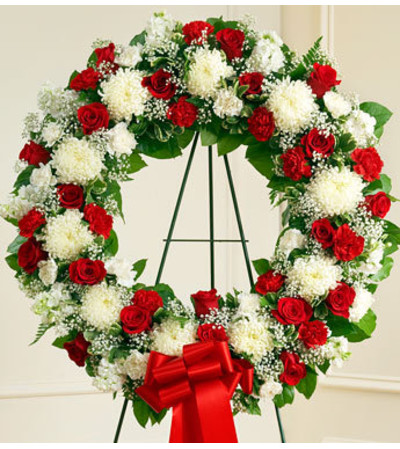 Red and White Standing Wreath
