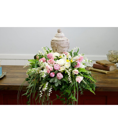 Sweet Love Sympathy Urn Arrangement
