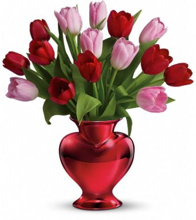Teleflora's Hearts in Bloom