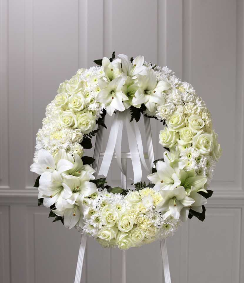 The Ftd Wreath Of Remembrance In White Markham On Florist