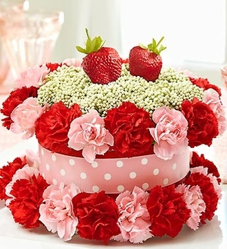 Fresh Flower CakeTM Strawberry Shortcake