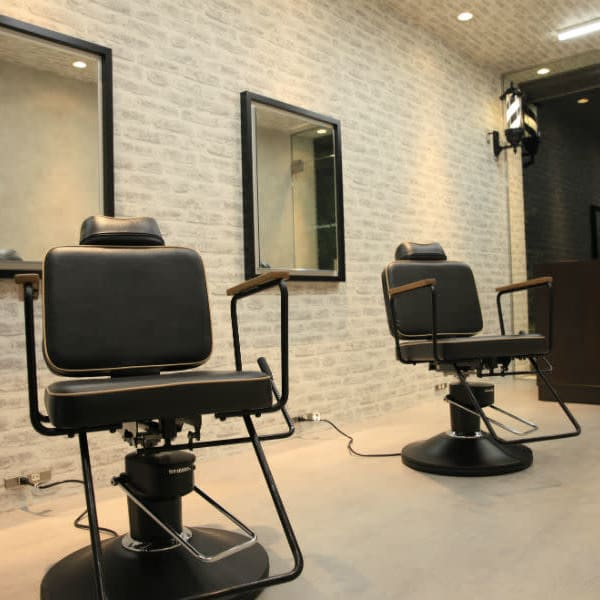 men's hair & grooming salon W