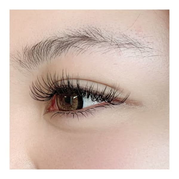 Lumo eyelash design