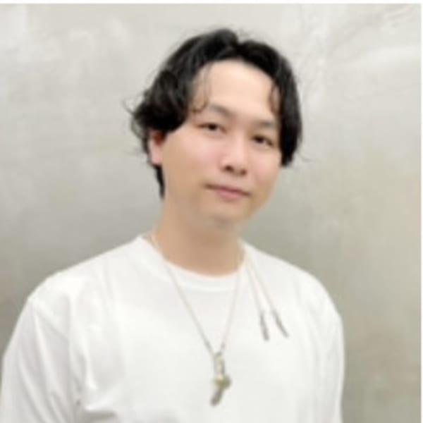 石田 康博