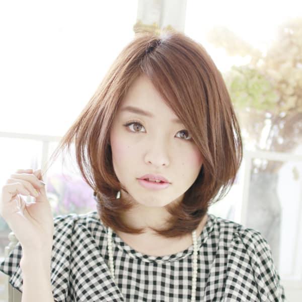 オススメ順】40代/レイヤー/ミディアムの髪型・ヘアスタイル