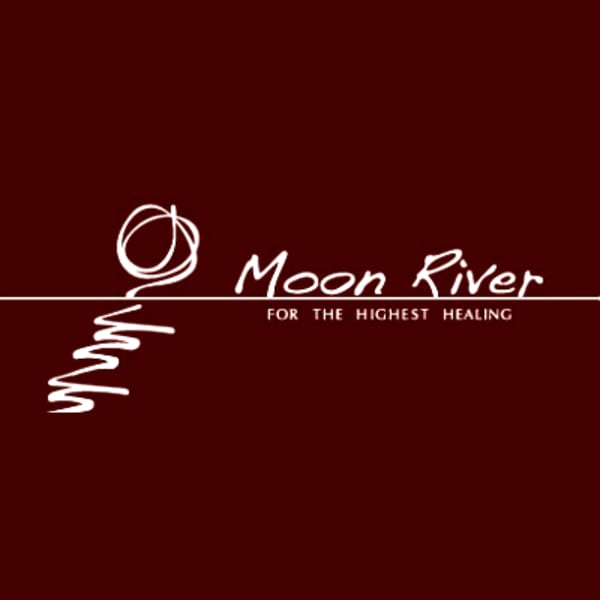 Moon River 上社店