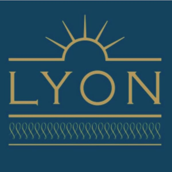 LYON hair&make up