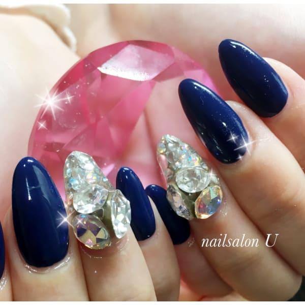 nail salon U