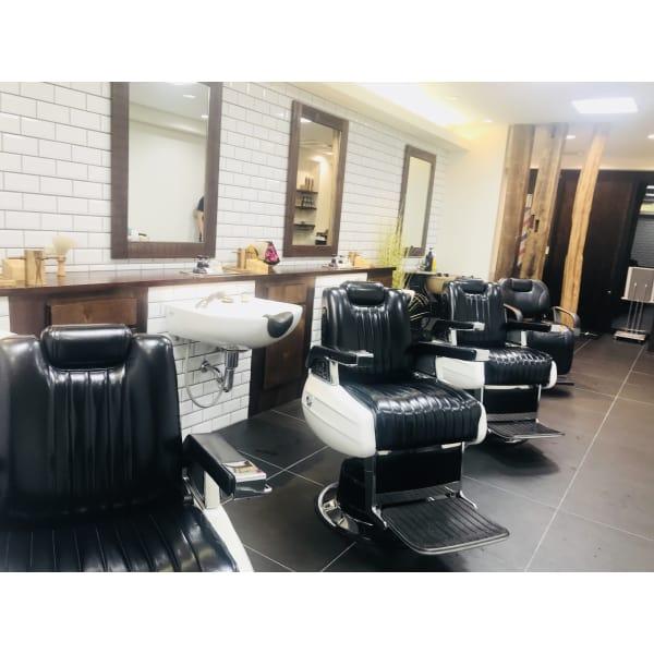 東中野メンズ専門美容室(床屋) HAIR +per