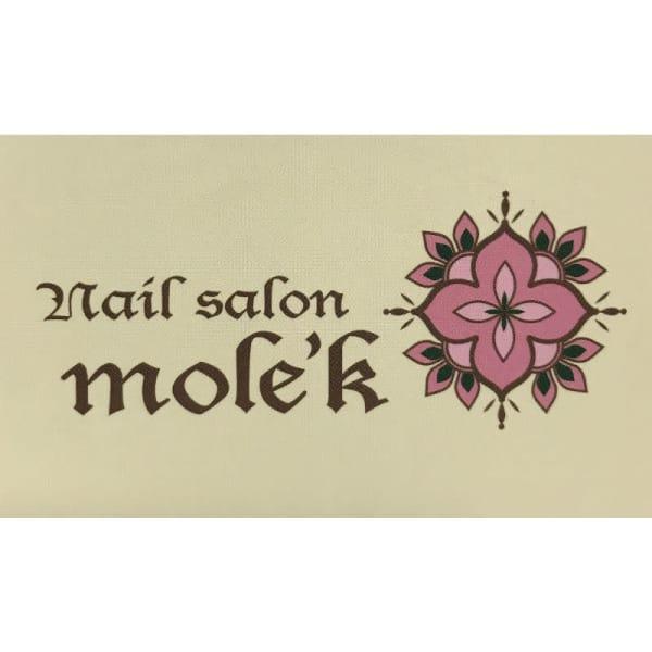mole'k