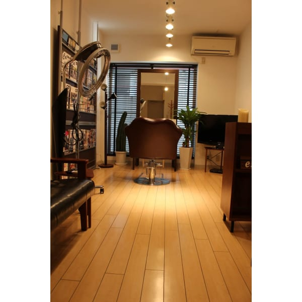 Men's Grooming  Salon 【riche】