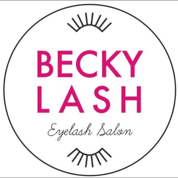 Becky lash 梅田店