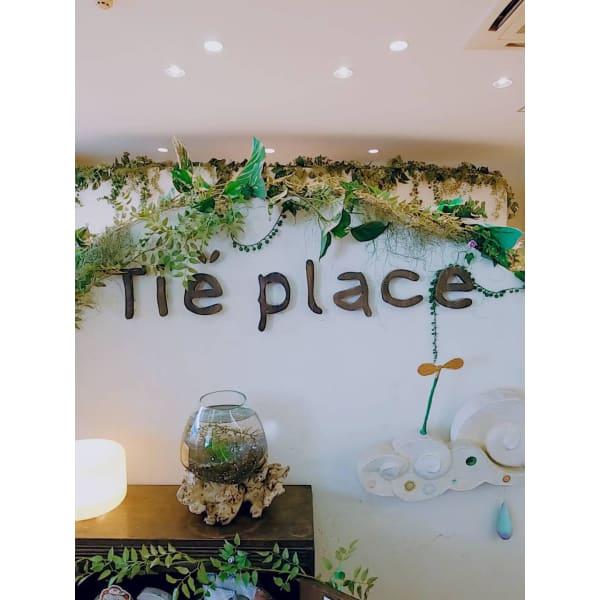 Tie.place