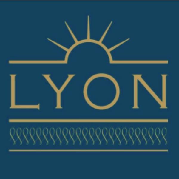 LYON hair&make up