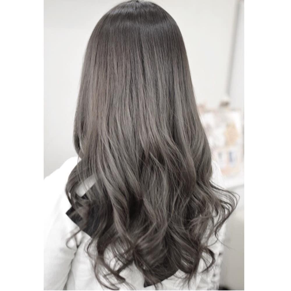 外国人風カラー シルバーグレイッシュ Hair Design Campus ヘアー