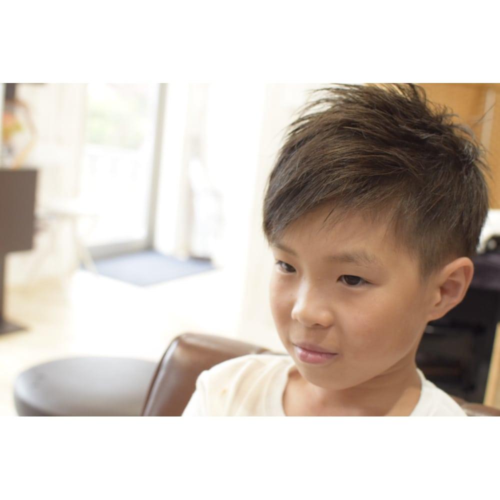 子供 キッズ 男の子 の髪型ソフトモヒカンの切り方6選 Coolovely