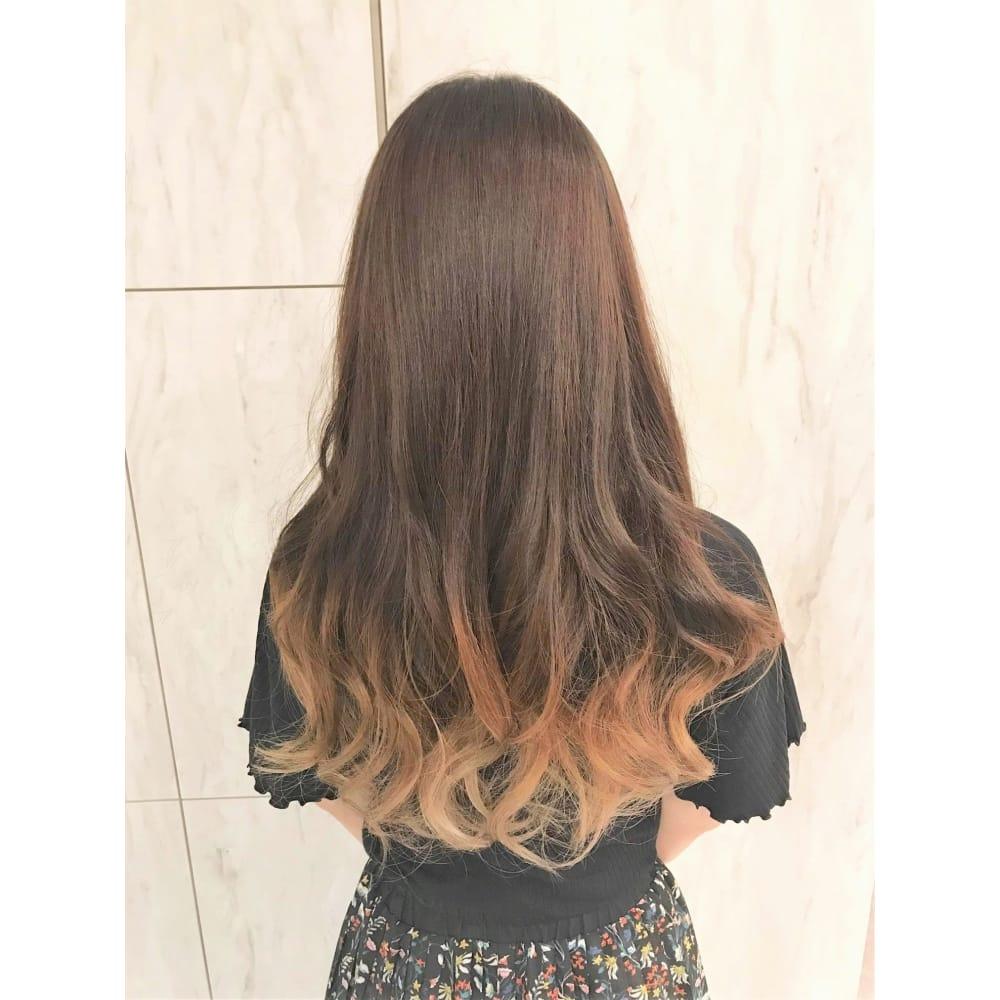 毛先で遊ぶ グラデーションカラー Hair Make Opsis オプシス のヘア