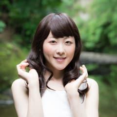 【前髪キープの悩み解決!】長時間崩れない前髪キープの方法を美容院の店長に聞きました!