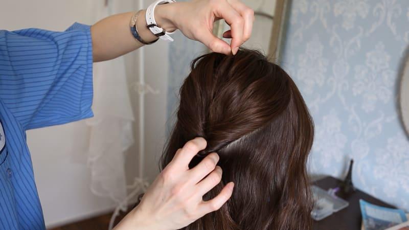 15:毛束を引き出す