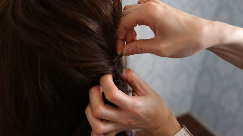 16:毛束を固定する