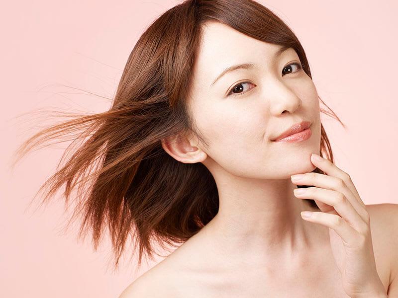【髪の毛をしっとりさせたい!】洗い流さないトリートメントの効果や種類を現役美容師さんに教えてもらいました!
