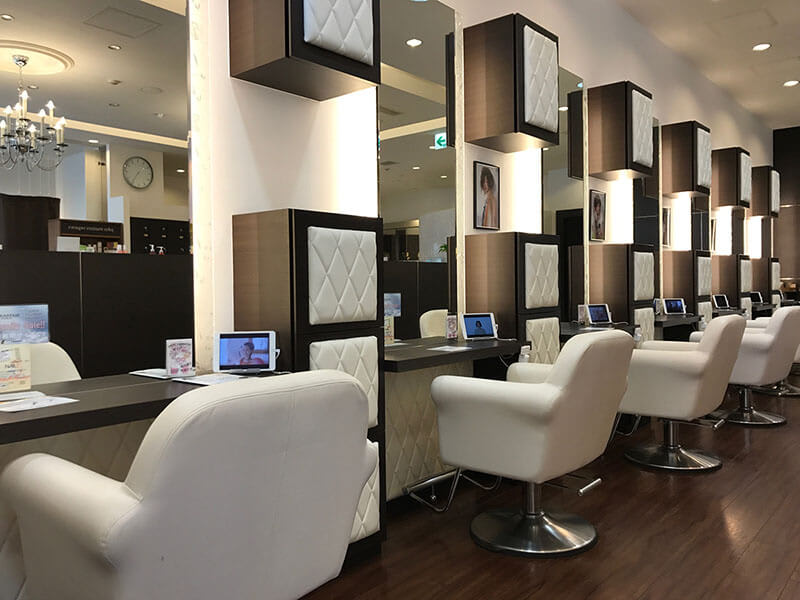 【銀座の美容院】『VISAGE 銀座(ヴィサージュ ギンザ)』ラグジュアリーな空間で一段上の美髪を手に入れる