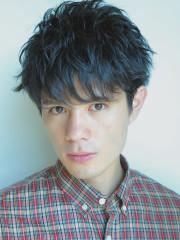 オシャレ黒髪ショート