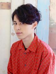 黒髪ニュアンスパーマのナチュラルパーマスタイル
