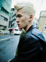 【ASSORT】Skin fade white color