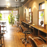 Hair Salon LAHIR(ラヒィル)