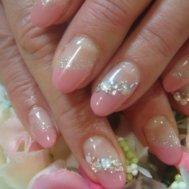 桜色のフレンチネイル