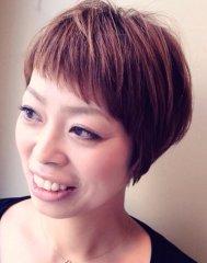 流行のショートアレンジヘア