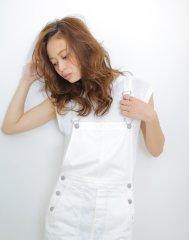 かきあげ前髪×フェザーカール