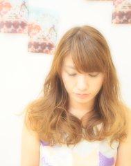 巻き髪カールスタイル