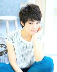 novel ☆黒髪ショート斜めシースルーバング☆