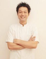 内田 泰文 先生