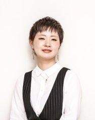 石田 佳乃子