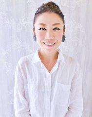 青山 洋子