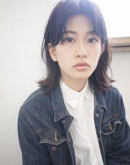 センターパートミディアムボブ hair:ヒラノ ジュンペイ
