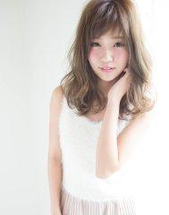 透明度抜群のアッシュカラー☆フワ可愛いスタイル