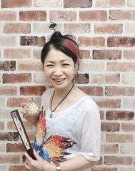 オケンワ 洋子