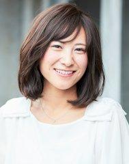 美肌にみえる上品な暗髪スタイル【nanana parena】