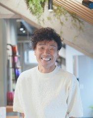 山田 英司 トップスタイリスト