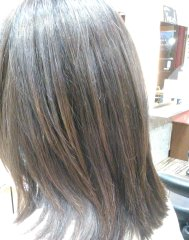 弱酸性の縮毛矯正は他店ではありません。髪に優しくて痛み軽減