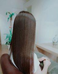 艶サラストレートヘア