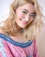 blond lady medium