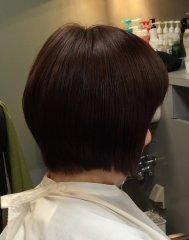 縮毛矯正と色抜けしたカラーリングも綺麗に色調整しました。