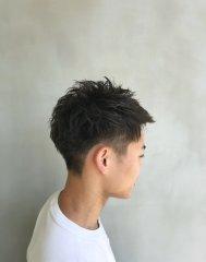 外国人風メンズカット【Sourire yusu 宮井明日香】