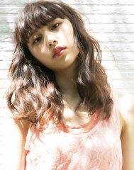 【sheta/井上信洋】ピンクベージュのボリュームウェーブ